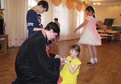 иерей Дионисий Ногтев